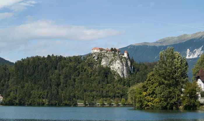 lago di bled castello