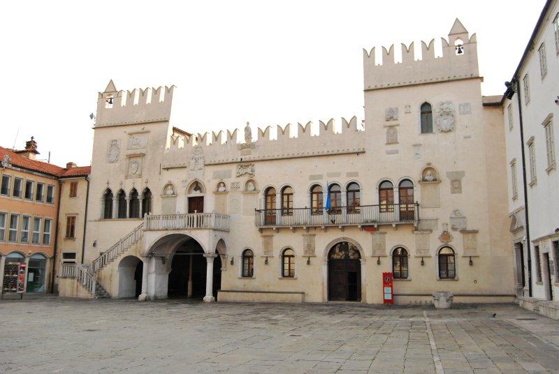 Capodistria. Palazzo Pretorio Veneziano del XV secolo (Pretorska Palaca), un tempo dimora del sindaco della città.