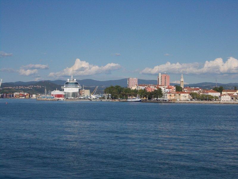 Capodistria, una delle città più vecchie nella Slovenia, è la più grande e importante nella regione dell'Istria Slovena.