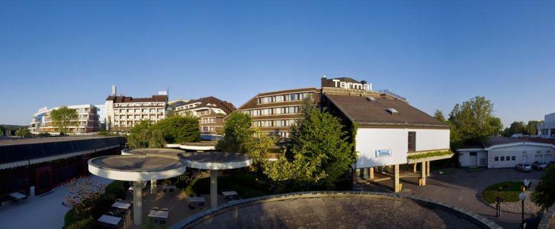 Collegato al centro di bellezza e benessere Thermalium tramite un corridoio, l'Hotel Termal - Sava Hotels & Resorts sorge a Moravske Toplice, e offre piscine coperte e all'aperto